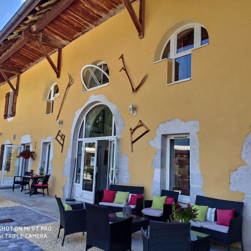 Restaurant Gîte La Ferme de Pontgibaud - Lathuile 74210