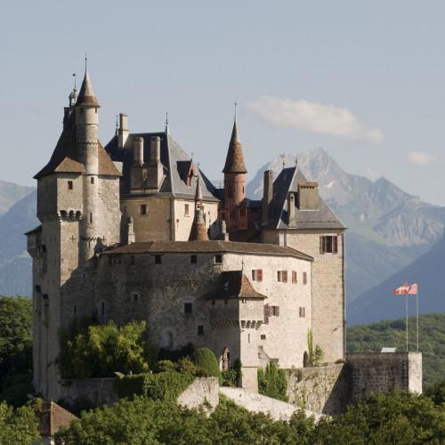Le château de Menthon St. Bernard